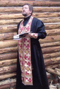Молебен при закладке храма в честь иконы Пресвятой Богородицы Державной. Отец Олег