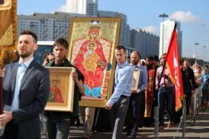 В городах России пройдет крестный ход о прекращении абортов