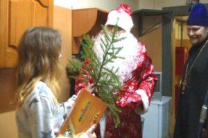Дед Мороз пришел в СИЗО Сыктывкара