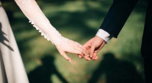 В Церкви поддержали идею закрепить в Конституции понятие о браке как о союзе мужчины и женщины