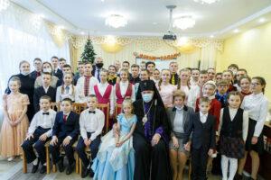 Глава Коми и владыка Питирим поздравили воспитанников Детского дома